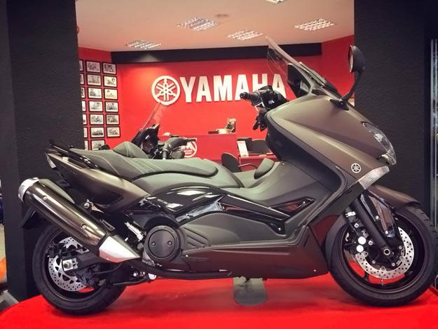 Yamaha T-Max Bronze MAX