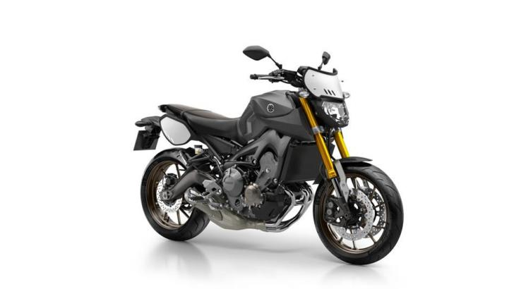 Yamaha MT-09 Street Tracker 1