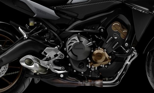 MT-09 motor tricilindrico