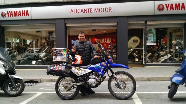 La vuelta en moto en Alicante